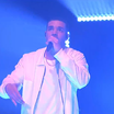 """Drake Performs """"One Dance"""" & """"Hype"""" On Saturday Night Live"""
