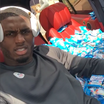 Vikings Teammates Fill Rookie Laquon Treadwell's Range Rover With 60,000 Packs Of Fruit Snacks