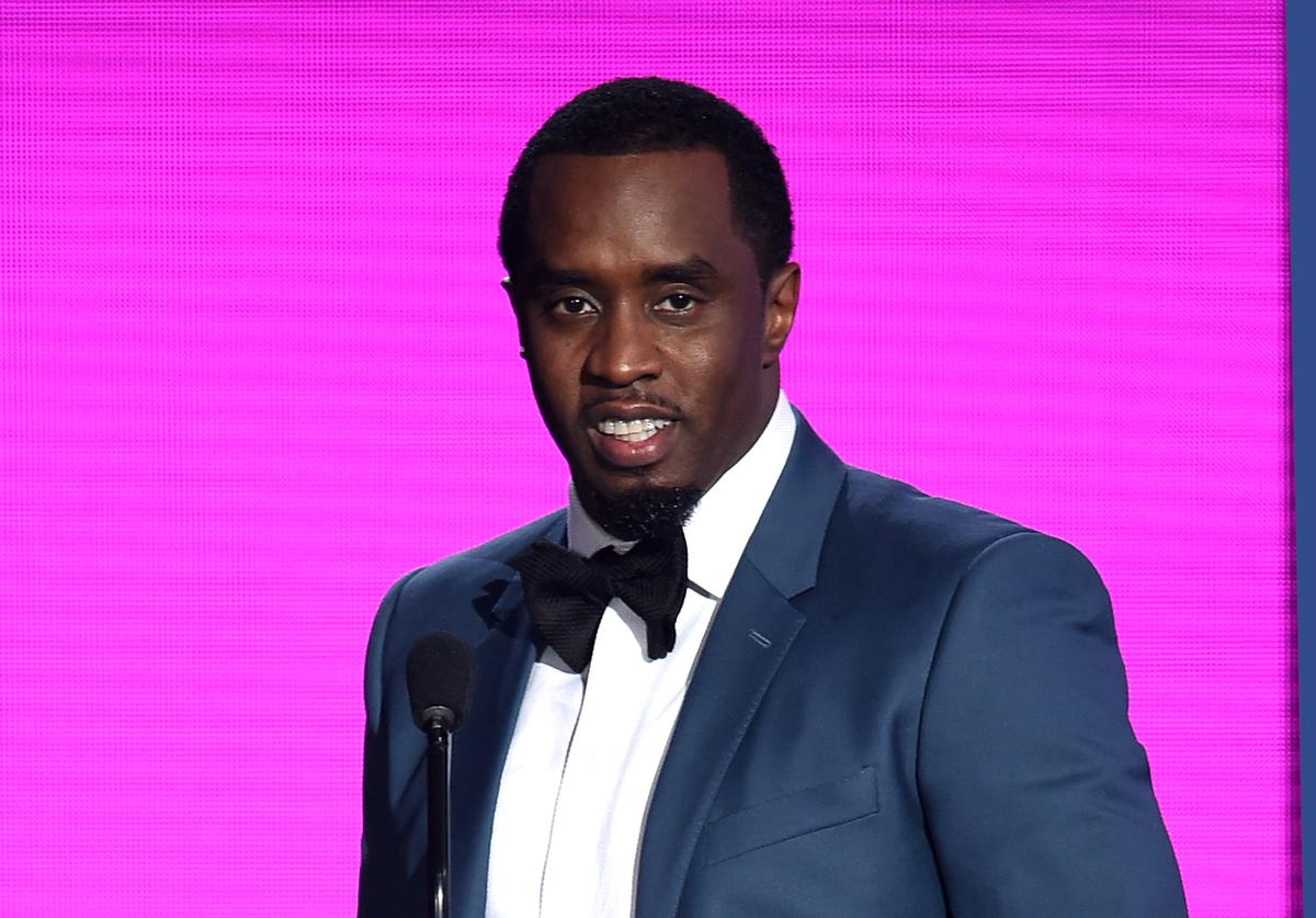 2015 American Music Awards - Show Sean 'Diddy' Combs