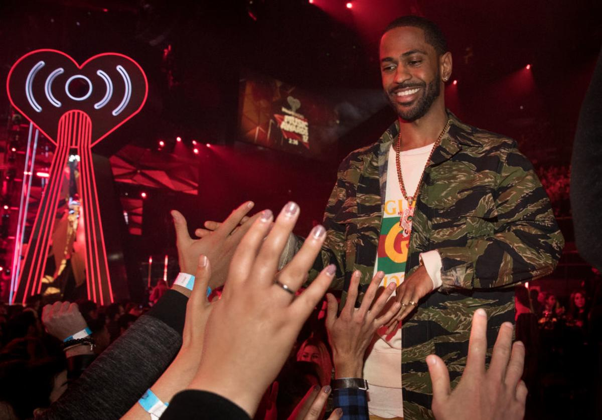 Recording artist Big Sean greets fans at the 2017 iHeartRadio Music Awards which broadcast live on Turner's TBS, TNT, and truTV at The Forum on March 5, 2017 in Inglewood, California.