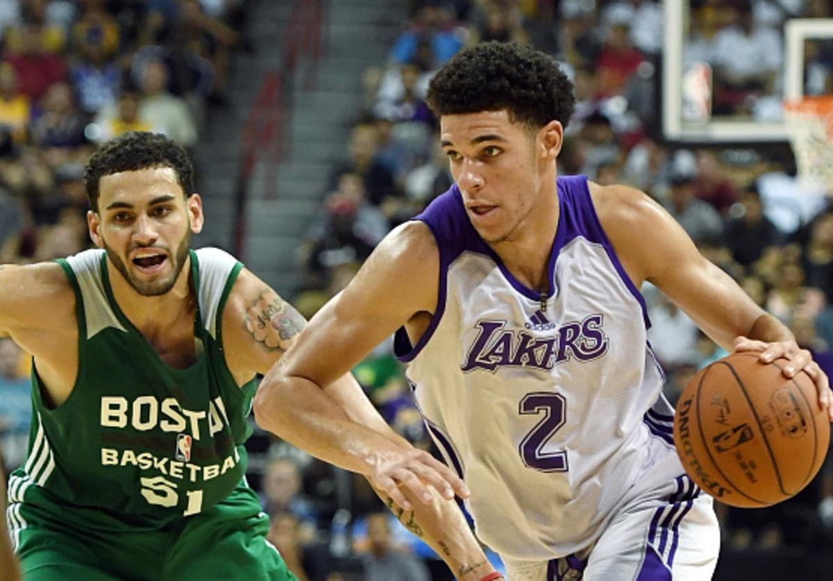 Lonzo in action against the Cs