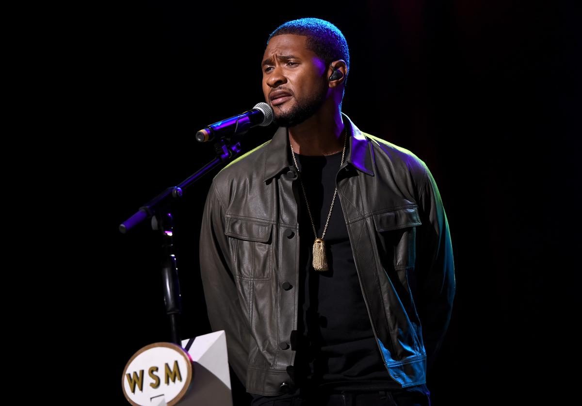 "Usher performs at ""Hand In Hand"" event"