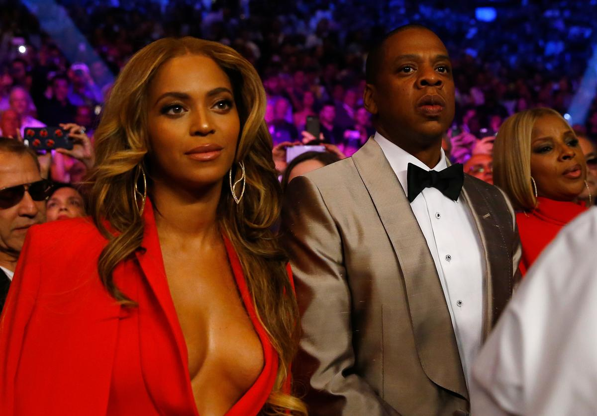 Beyonce Knowles and Jay Z attend the welterweight unification championship bout on May 2, 2015 at MGM Grand Garden Arena in Las Vegas, Nevada
