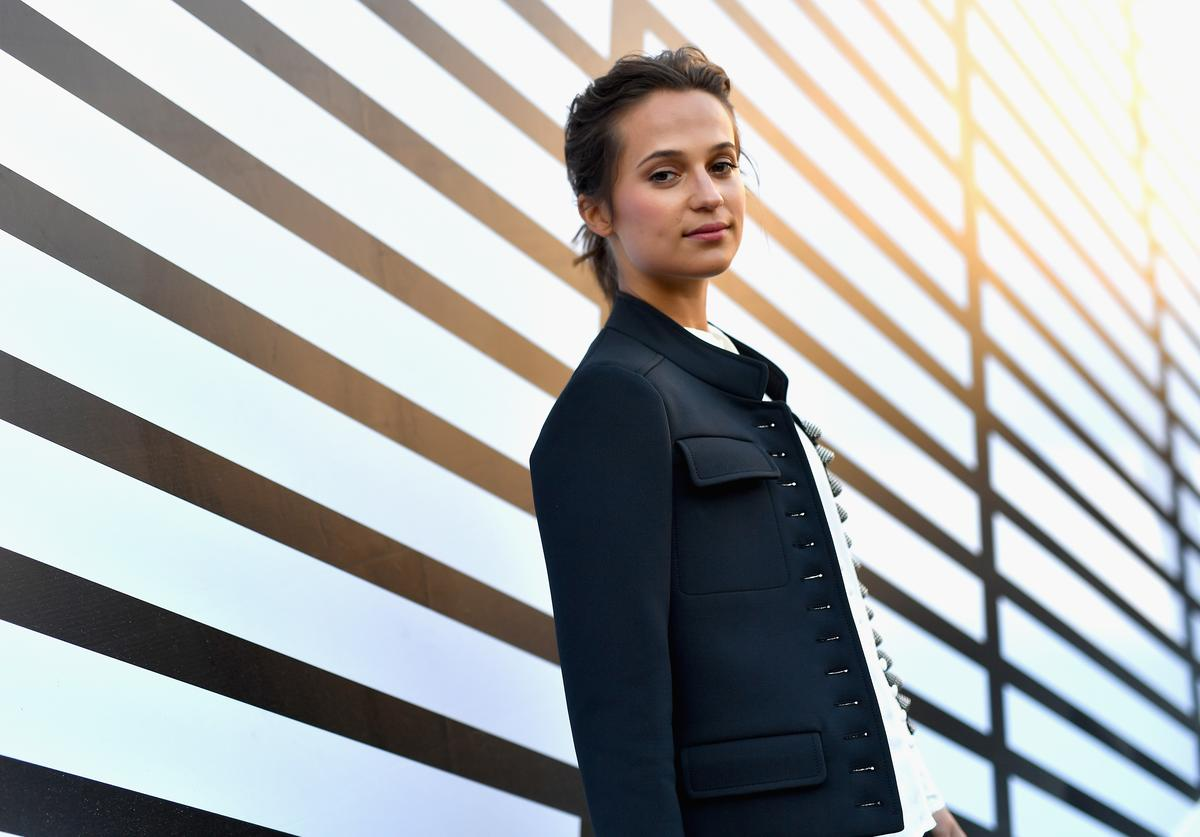 Alicia Vikander attends the Louis Vuitton show as part of the Paris Fashion Week Womenswear Spring/Summer 2017 on October 5, 2016 in Paris, France
