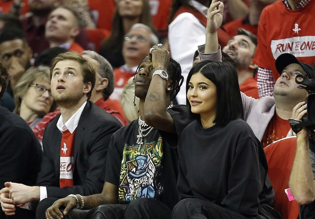 Kylie Jenner & Travis Scott at Rockets game