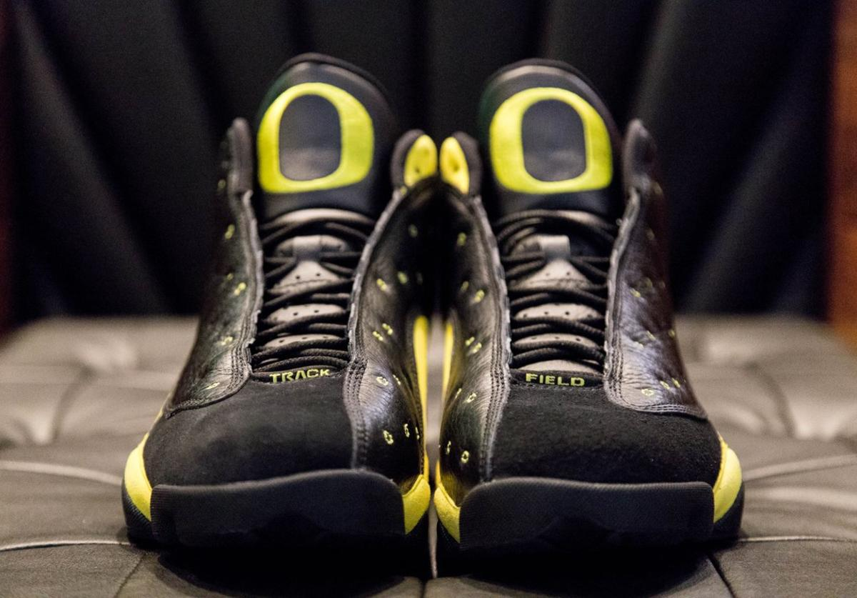 Oregon Ducks AJ13
