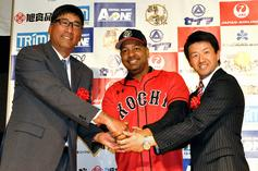 Manny Ramirez Signs New Contract In Japan: Unlimited Sushi And Optional Practices
