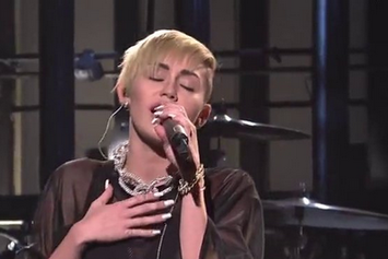 "Miley Cyrus Performs ""Wrecking Ball"" Live On SNL"