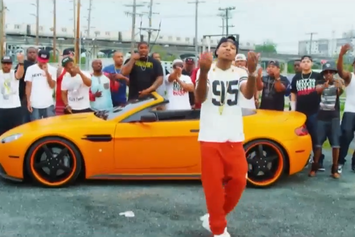 "Chinx Drugz ""Couple Niggaz"" Video"
