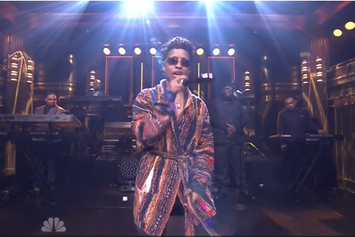 """Dej Loaf Performs """"Try Me"""" Live On Jimmy Fallon"""