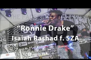 "Isaiah Rashad & SZA Perform ""Ronnie Drake"" At Fader Fort"