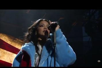 """Rihanna Performs New Song, """"American Oxygen"""" At March Madness Festival"""