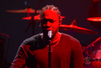 """Kendrick Lamar Performs """"To Pimp A Butterfly"""" Medley On Stephen Colbert"""