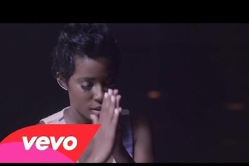 "DeJ Loaf Feat. Big Sean ""Back Up"" Video"