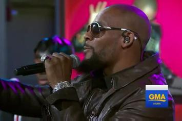 "R. Kelly Performs ""Backyard Party"" & ""Ignition (Remix)"" On GMA"