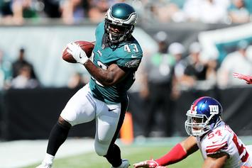 Darren Sproles Breaks Arm, Tears ACL On Same Play