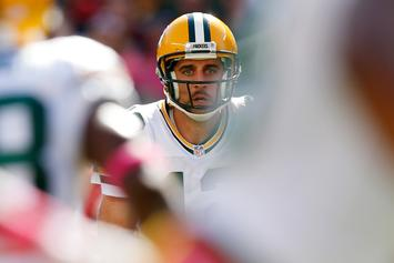 Aaron Rodgers Likely Done For Season After Breaking Collarbone: Twitter Reacts