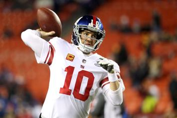 New York Giants Bench Eli Manning: Fans React