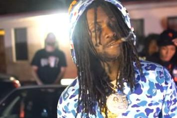 "Chief Keef Drops Off New Video For ""Text"""