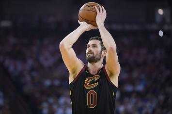 """Kevin Love Questioned By Teammates During """"Emotional"""" Meeting"""