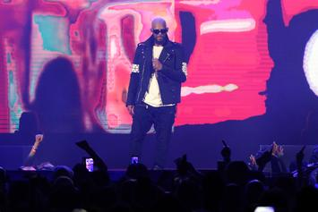 R Kelly Re-Watched Kobe Bryant's Final Game During His Concert Last Night