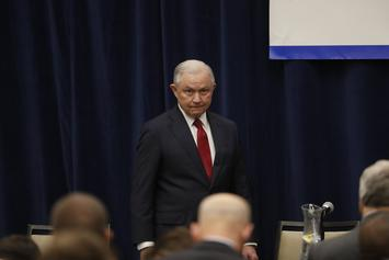 """Jeff Sessions May Control The Fate Of Wu-Tang Clan's Album & Lil Wayne's """"Carter V"""""""