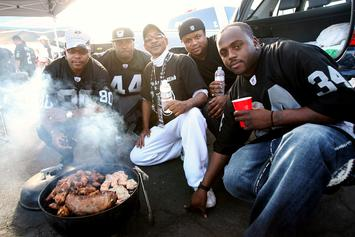 """Black Community Throw """"BBQing While Black"""" Event After White Woman Calls Police"""