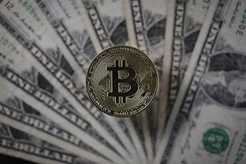 Bitcoin's Price Dips Below 7K Prompting A Mixed Response On Twitter