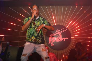 """Travis Scott Drops Official Video Of """"Sicko Mode"""" Performance With Drake"""
