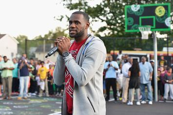 "LeBron James Weighs In On Eminem's ""Kamikaze"" Album"