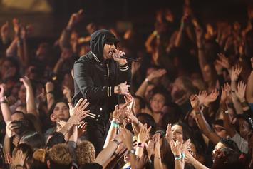 "Eminem's ""Kamikaze"" 1st Week Sales Projection Updated To 400K+"