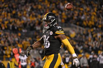 Pittsburgh Steelers Won't Remove Franchise Tag Or Trade Le'Veon Bell: Report