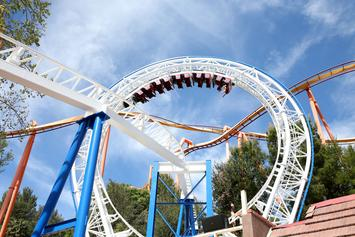 Six Flags St. Louis Is Giving Away Prizes To Guests Who Spend 30 Hours In A Coffin