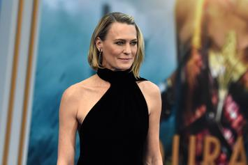 """Robin Wright Claims """"House Of Cards"""" Finale Will """"Shock The S**t Out Of You"""""""