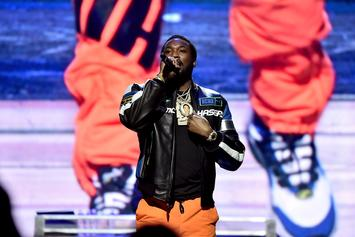 """Meek Mill Freestyles To """"Back To Back"""" & Makes Funk Flex Apologize To Drake"""