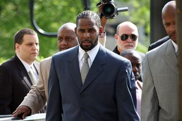 "R. Kelly's Former Stylist Quizzed By Homeland Security In ""Human Trafficking"" Probe"