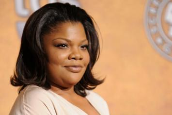 """Mo'Nique Blasts Oprah For """"After Neverland"""" Interviews: """"Who Does That?"""""""