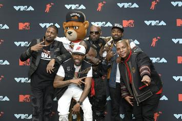 Queen Latifah, Naughty By Nature, Redman, Fetty Wap, & Wyclef Jean Perform Medley At VMAs