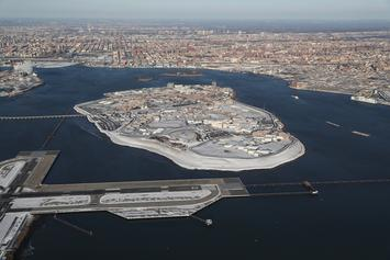 NY City Council Supports Mayor De Blasio In Shutting Down Rikers Island