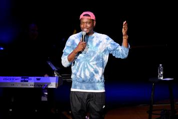 "Michael Che's ""SNL"" Bit Comparing Kanye West To Caitlyn Jenner Has People Up In Arms"