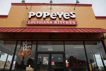 Popeyes Brawl Between Two Couples Caught On Tape