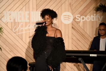 "Ari Lennox Exposes Racist Troll Who Called Her & Teyana Taylor ""Rottweilers"""