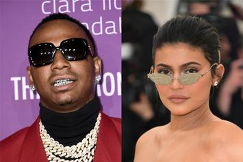 Kylie Jenner Bumps New Moneybagg Yo In The Whip