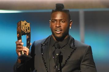 Antonio Brown Throws Money, Performs In Florida For The First Time As Rapper