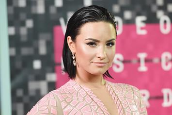 """Demi Lovato Talks Coming Out To Her Parents: """"My Dad Was Like, 'Yeah, Obviously'"""""""