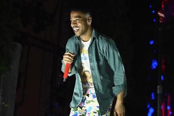 Kid Cudi Shows Support For Bernie Sanders At Los Angeles Rally