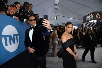 "Jennifer Lopez & Alex Rodriguez ""Flip The Switch"" For TikTok Challenge"