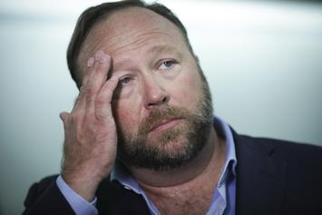 "Alex Jones Of ""InfoWars"" Arrested For DWI In Texas"
