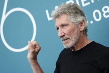 """Roger Waters Posts Virtual Performance Of """"Mother"""""""
