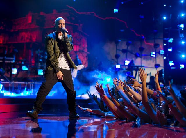 Eminem performing at 2014 MTV VMAs